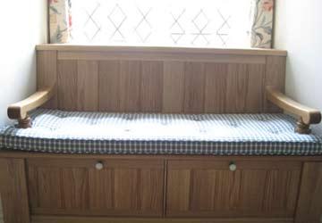 bespoke-wooden-bench