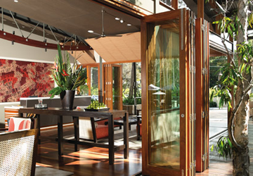 bifold-doors-restaurant-2
