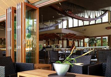 bifold-doors-restaurant